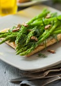 Asparagus, herb and goat's cheese tarts