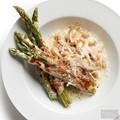 Asparagus-white bean gratin