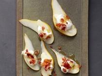 Bacon-Taleggio pears