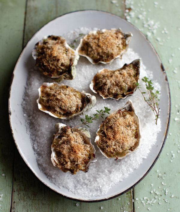 baked oysters with tender leeks