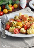 Bread and tomato salad (Panzanella)