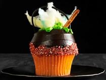Bubbling cauldron cupcakes