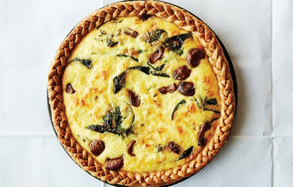 Spinach and cheddar tart
