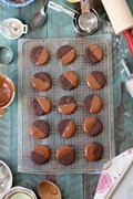 Chocolate-dipped chocolate shortbread