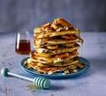Chocolate-filled pancakes with caramelised banana