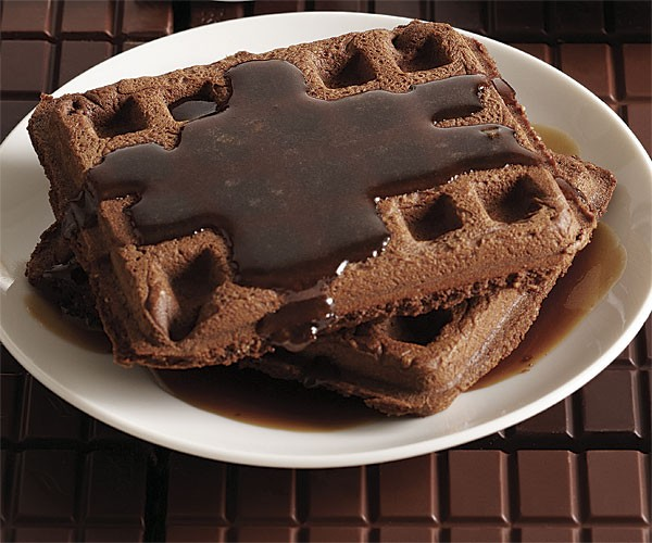 Chocolate-hazelnut waffles with Frangelico-brown-butter syrup