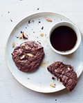 Chocolate-pine nut cookies