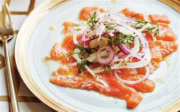 Citrus-marinated salmon with fennel, apple and red-onion salad