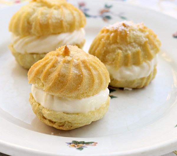 cream puffs filled with lemon mascarpone cream lemon mascarpone cream ...