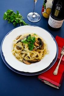 Gennaro's garlic mushroom tagliatelle