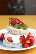 Gluten-free & vegan strawberry shortcake