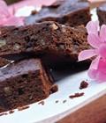 Greta's gluten-free miracle brownies [Chewy, fudgy, gluten-free double-chocolate brownies]