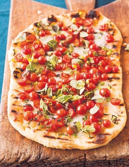 Smoked Salmon and Cherry Tomato Pizza | Anna Wills - The Pampered Chef