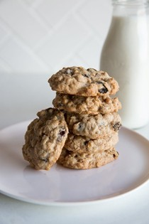 How to make soft & chewy oatmeal cookies