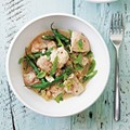 Itsu's Thai green curry with chicken & green beans