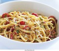 Linguine with roasted red peppers, tomatoes & toasted breadcrumbs