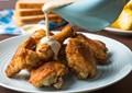 Maryland fried chicken with white gravy