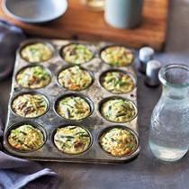 Mini frittatas with leeks and asparagus