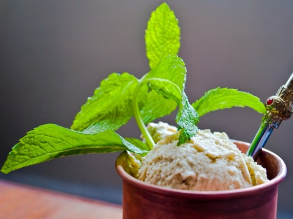White chocolate mint ice cream with pomegranate molasses (Scooped)