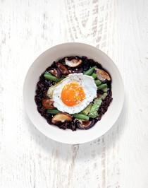 Mushroom, green beans, rice & egg