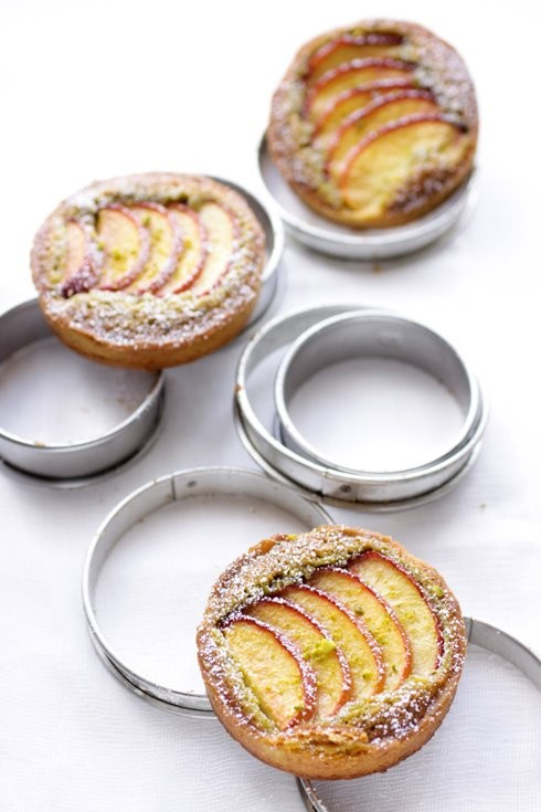 Nectarine and pistachio frangipane tarts