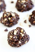 No-bake dark chocolate almond cookies