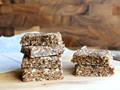 No-bake oatmeal raisin bars