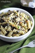 Olive and pine nut pasta