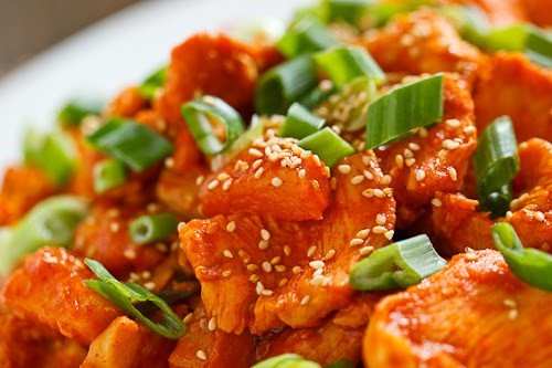 Pineapple Korean BBQ chicken (Pineapple dak bulgogi)