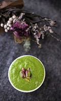 Pistachio, basil & spinach pesto