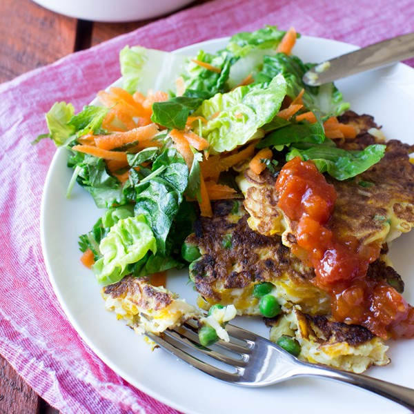 Pumpkin, pea and haloumi fritters (with herb and carrot salad)