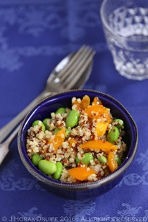 Quinoa bowls with edamame and peppers