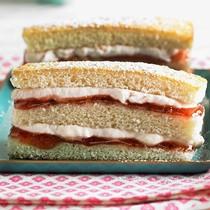 Raspberry and vanilla stack cake
