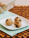 Raw chocolate chip cookie dough bites