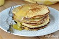 Ricotta pancakes with lemon curd