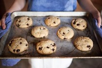 Salted chocolate chip cookies [Ovenly, by Agatha Kulaga & Erin Patinkin]
