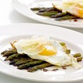 Sauteed asparagus with eggs and Parmesan