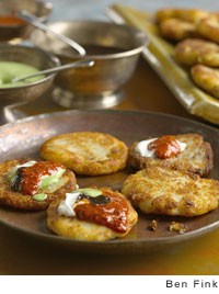 Sindhi-style stuffed potato shells (Aloo tikki chaat)