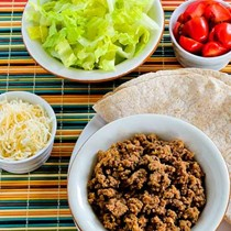 """Slow cooker """"browns-in-the-crockpot"""" spicy ground beef for tacos, burritos, or taco salad"""