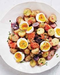 Smoked-salmon potato salad with eggs and herbs