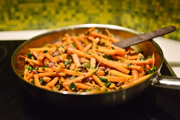 Spiced carrot and ground beef stir-fry
