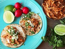 Spicy Mexican shredded chicken (Easy one-pot chicken tinga)