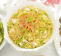 Spicy salmon tabbouleh