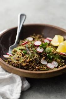 Spicy snow peas and quinoa