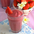 Strawberry & coconut smoothie