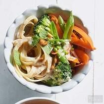 Tahini-ginger noodles & veggies