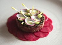 Tartare of dry aged Irish beef prime fillet, pickled radish, wasabi, quinoa