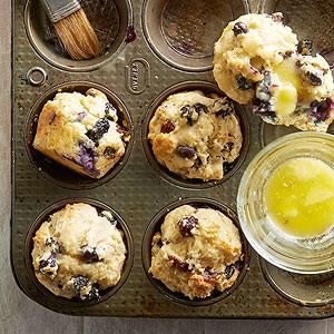 Uber-berry muffins