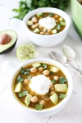 White chickpea chili
